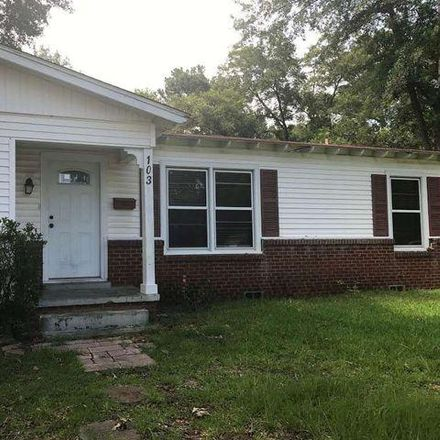 Rent this 3 bed house on 141 East Broadway Street in Longview, TX 75604