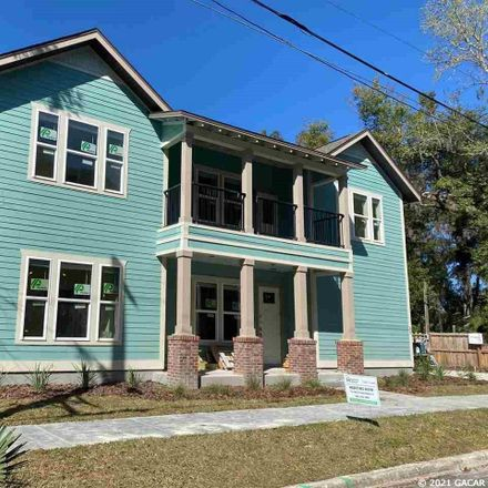 Rent this 3 bed apartment on 306 Southeast 9th Street in City of Gainesville Municipal Boundaries, FL 32601