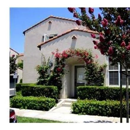 Rent this 2 bed condo on 23 Alevera in Irvine, CA 92618