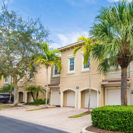 Rent this 3 bed townhouse on 4981 Bonsai Circle in Palm Beach Gardens, FL 33418