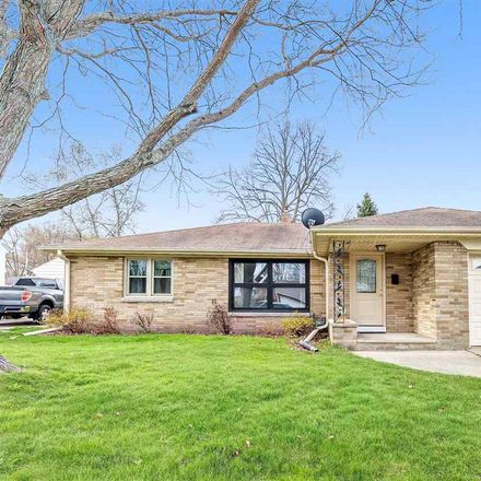 Rent this 2 bed house on 1940 Newberry Avenue in Green Bay, WI 54302