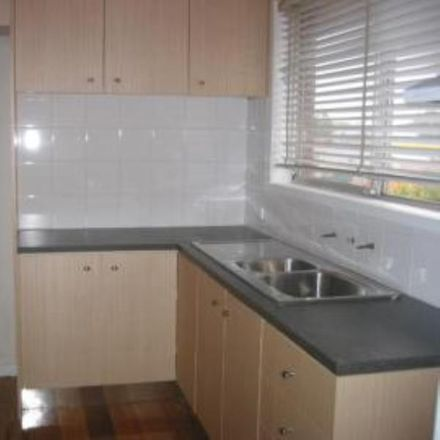 Rent this 2 bed apartment on 4/61 Watts Street