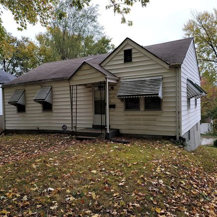 Rent this 3 bed house on 7121 Paisley Drive in Flordell Hills, MO 63136