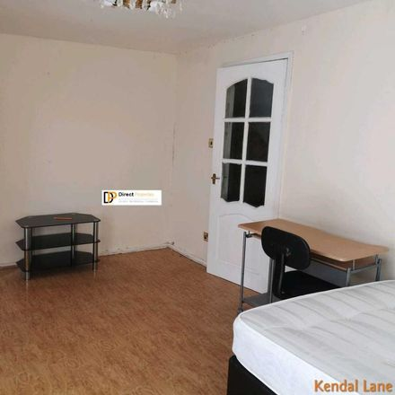 Rent this 3 bed room on Kendal Lane in Leeds LS3 1AS, United Kingdom