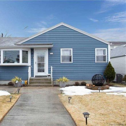 Rent this 2 bed house on 1321 E St in Elmont, NY 11003