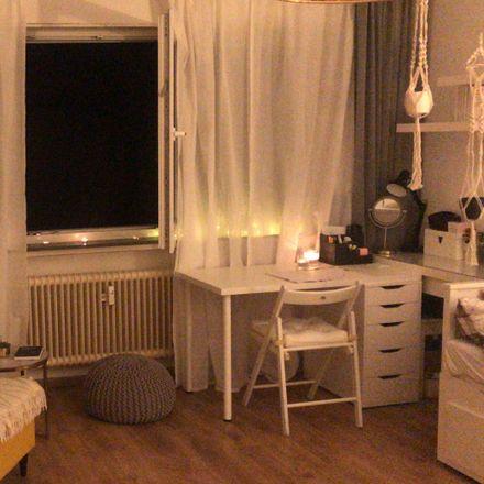 Rent this 1 bed apartment on Kelsterbacher Straße 85 in 60528 Frankfurt, Germany