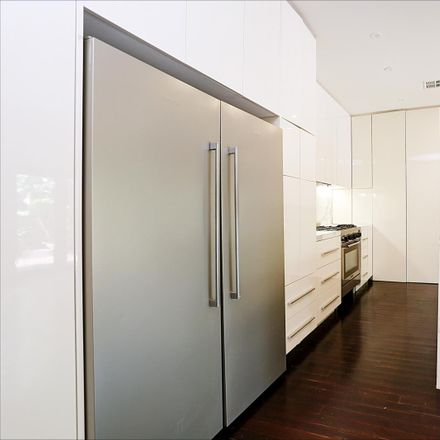 Rent this 3 bed house on 77 Tooronga Road