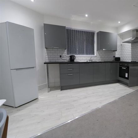 Rent this 0 bed apartment on Holderness Road in Hull HU8 8JS, United Kingdom
