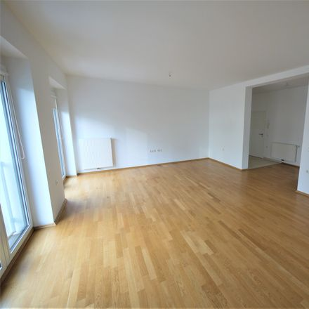 Rent this 3 bed apartment on Landfermannstraße 3 in 47051 Duisburg, Germany