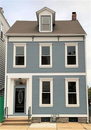 Rent this 4 bed house on 909 Washington Street in Easton, PA 18042