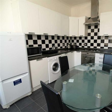 Rent this 3 bed apartment on Lisson Grove in Plymouth PL4 7DN, United Kingdom