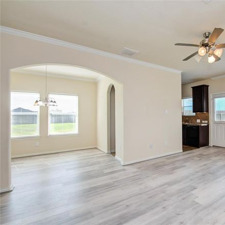Rent this 3 bed condo on Gable Pt in Houston, TX