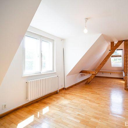 Rent this 3 bed apartment on Slunná 540/29 in 162 00 Prague, Czechia