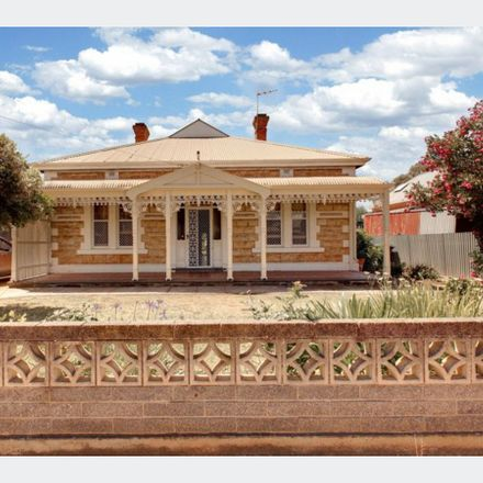 Rent this 4 bed house on 16 Cowra Street