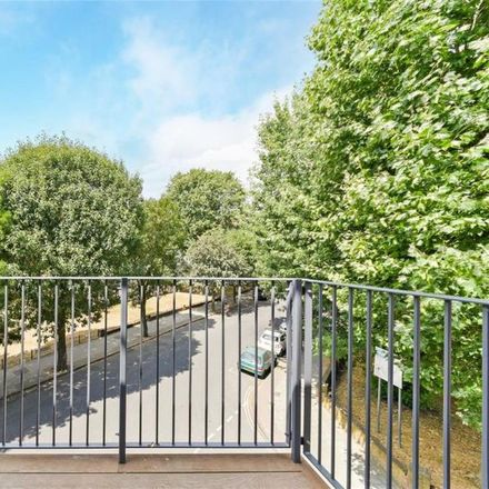 Rent this 2 bed apartment on Pickwick House in George Row, London SE16 4UL