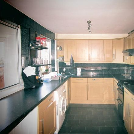 Rent this 4 bed room on Sincil Bank in Lincoln LN5 7TH, United Kingdom