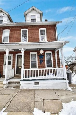 Rent this 3 bed townhouse on 1329 High Street in Bethlehem, PA 18018
