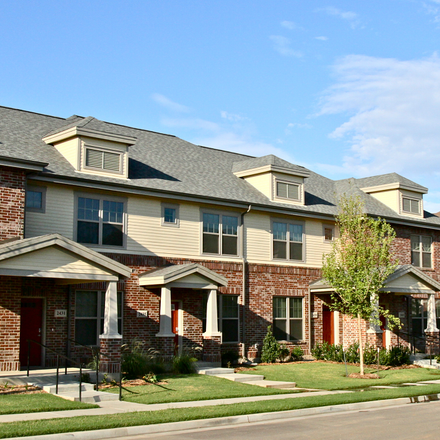 Rent this 2 bed apartment on 2607 East 10th Street in Tulsa, OK 74104