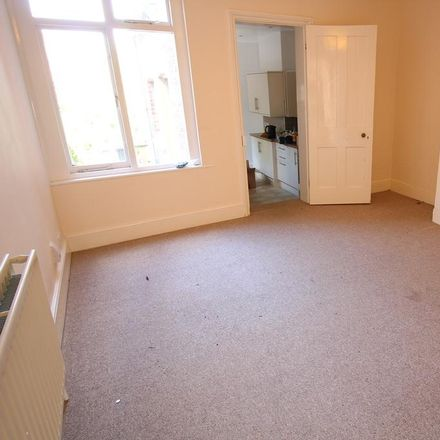 Rent this 2 bed house on Springfield Road in Guildford GU1 4DW, United Kingdom