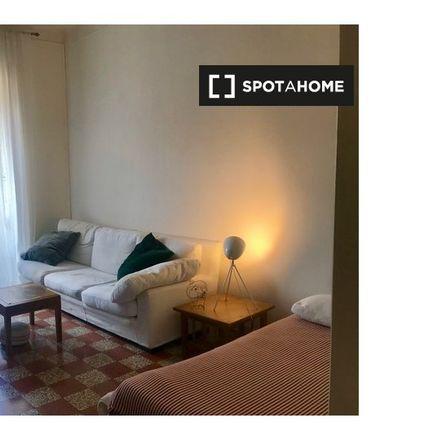 Rent this 4 bed apartment on Ministero dell'Istruzione in dell'Università e della Ricerca, Viale di Trastevere