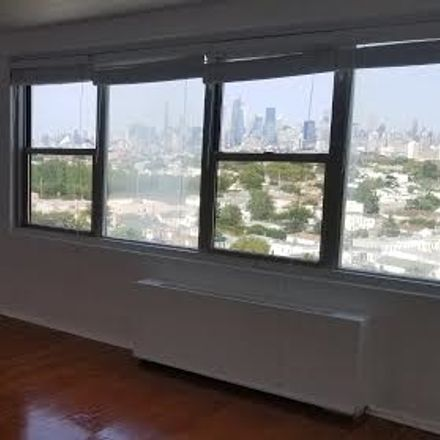 Rent this 1 bed condo on Journal Sq in Jersey City, NJ