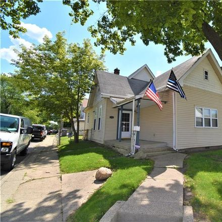 Rent this 3 bed house on Union St in Indianapolis, IN
