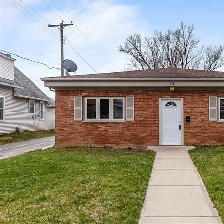 Rent this 2 bed house on 812 Doty Street in Green Bay, WI 54301