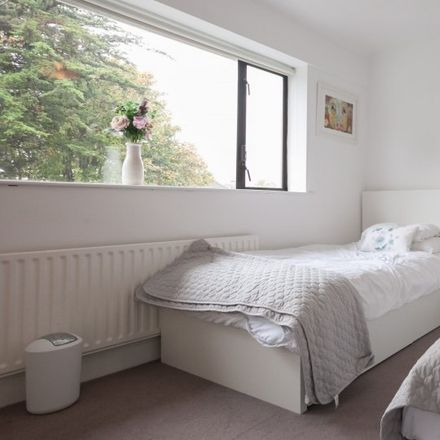 Rent this 3 bed apartment on Seacliff Drive in Baldoyle ED, Dublin 13