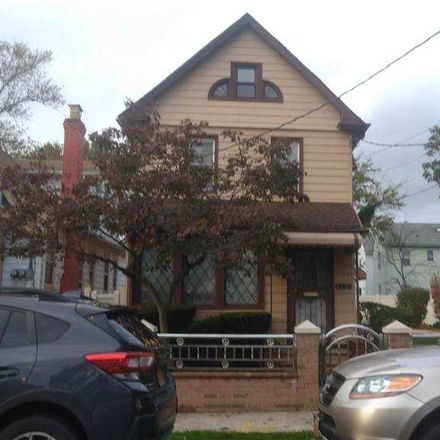 Rent this 3 bed house on 213-21 102nd Avenue in New York, NY 11429