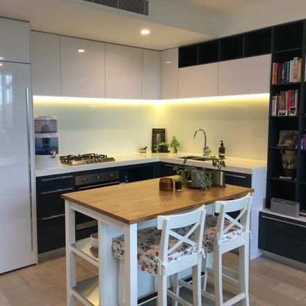 Rent this 1 bed apartment on 307/275 Abbotsford Street