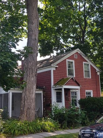 Rent this 3 bed house on 10 Marion Pl in Saratoga Springs, NY