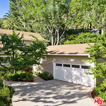 Rent this 5 bed apartment on Clear View Dr in Beverly Hills, CA