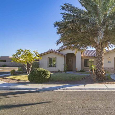 Rent this 3 bed house on E 27th Pl in Yuma, AZ