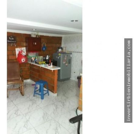 Rent this 10 bed apartment on Don Patacón in Avenida de Los Camellos, La Arboleda