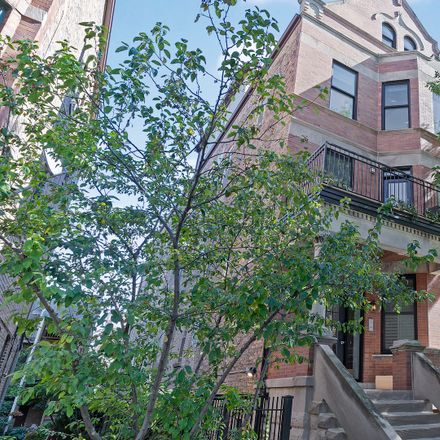 Rent this 2 bed condo on North Honore Street in Chicago, IL 60622