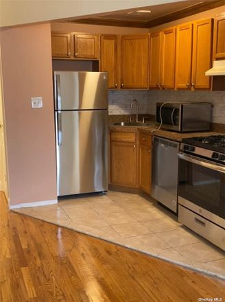 Rent this 3 bed apartment on 192 Highland Drive in Buffalo, NY 14221