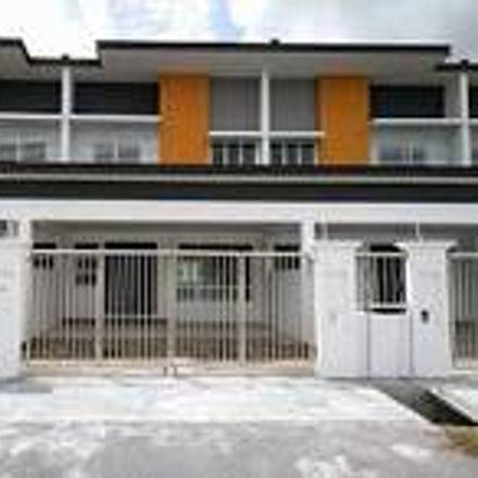 Rent this 4 bed apartment on unnamed road in Damansara Utama, 47308 Petaling Jaya
