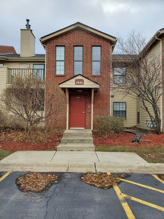 Rent this 2 bed townhouse on 1945 North Hicks Road in Palatine, IL 60074