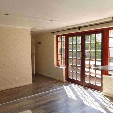Rent this 1 bed townhouse on McDonald's in Wellington Road, Cape Town Ward 112