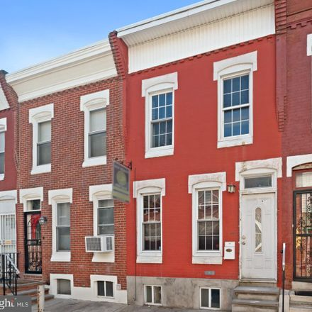 Rent this 2 bed townhouse on 2132 Cross Street in Philadelphia, PA 19146