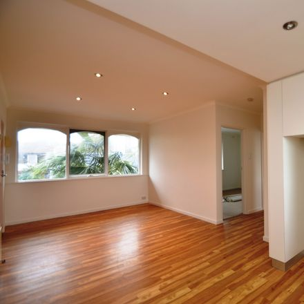 Rent this 2 bed apartment on 7/82 Buckingham Street