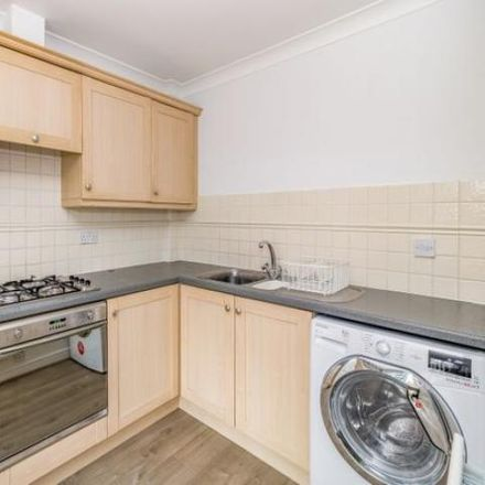 Rent this 2 bed apartment on Ladygrove Court in Vale of White Horse OX14 5DB, United Kingdom