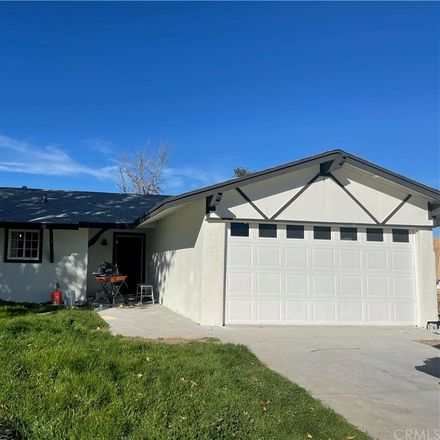 Rent this 3 bed house on Alta Vista Way in Sun City, CA