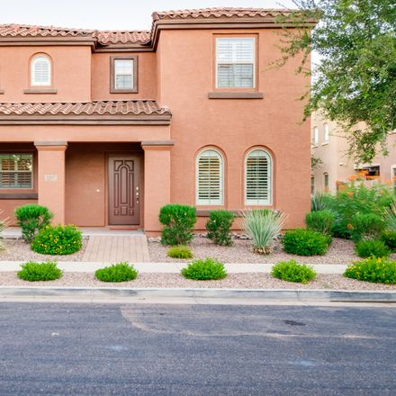 Rent this 3 bed house on 3327 East Loma Vista Street in Gilbert, AZ 85295