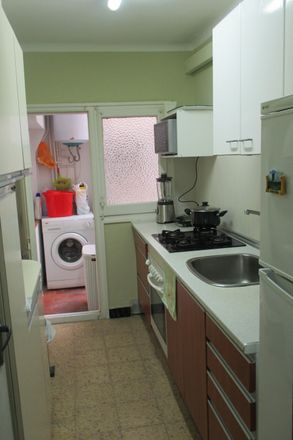 Rent this 2 bed room on Avinguda de la Generalitat in 228, 08923 Santa Coloma de Gramenet