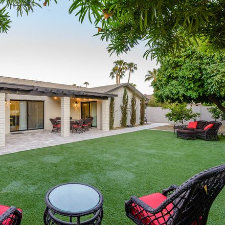 Rent this 4 bed house on 7642 North Via de la Campana in Scottsdale, AZ 85258