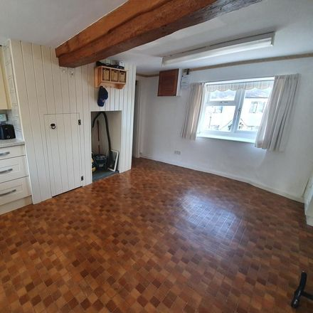Rent this 2 bed house on The Stile in Cherwell OX15 0SZ, United Kingdom