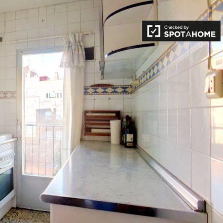 Rent this 3 bed apartment on Calle de Rosendo Conde in 28001 Madrid, Spain