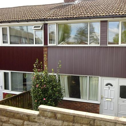 Rent this 3 bed house on Rosebank Street in Batley WF17 8PW, United Kingdom