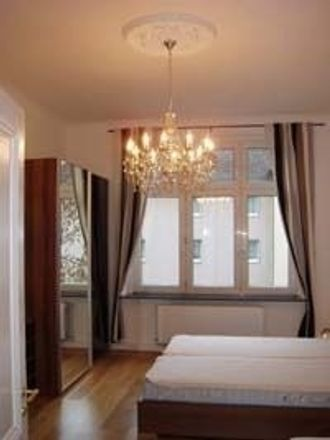 Rent this 3 bed apartment on 40219 Dusseldorf